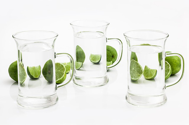 is it useful to drink water to increase chances of passing a thc drug test